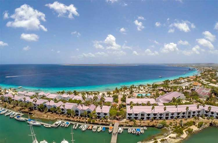 All inclusive hotel at the beach of Bonaire